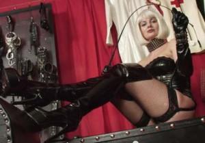 Domina-Chantal - fetisch sexcam